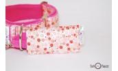 Collar Martingale rosa con flores